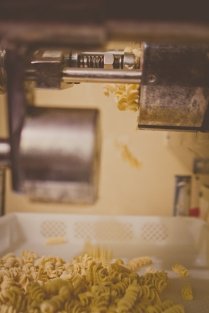 Our extruder only uses solid brass dies to ensure the perfect sauce holding texture.
